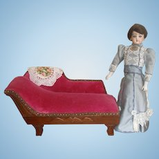 """Fainting Couch for Smaller 11-14"""" Doll"""