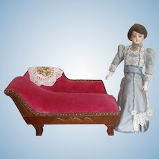 "Fainting Couch for Smaller 11-14"" Doll"