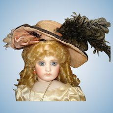 Magnificent French Doll Chapeau!