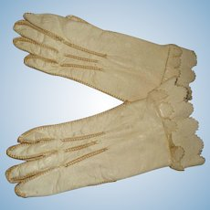 Wonderful Leather French Doll Gloves