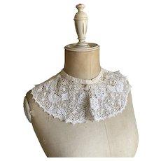 Bella Bordello Antique Vintage Chemical Lace Floral White Collar