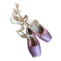 Bella Bordello Vintage Ballet Pointe Shoes Shabby Chic Nordic Display Lilac Pink Sequins