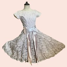 Bella Bordello Romantic Vintage Mid Century 1950's Dusty Lavender Lace Prom Dress Satin Ribbon Bow Sash Union Made