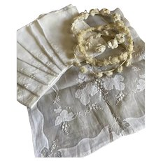 Antique White Organdy Linen Table Set Napkins Runner Madeira Leaf Applique Embroidery Shabby Chic