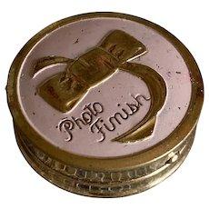 Bella Bordello Vintage 1950's Beauty Rouge Makeup Powder Compact Tin Elma Pink Enamel Gold Bow