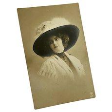 Antique French Postcard Woman In Fur Ermine Shawl Wide Brim Hat Arctic Fox Taxidermy Dresden