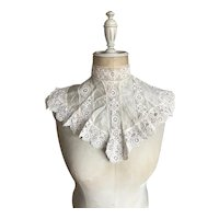 Bella Bordello Antique White Silk Insert Lace Trim Collar Dickey