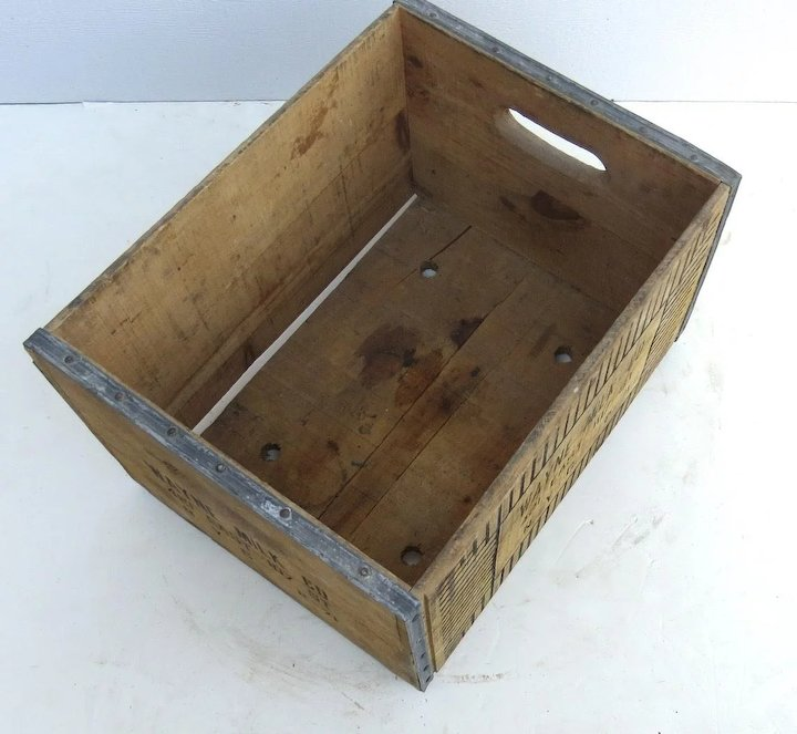Vintage Wooden Wood Milk Crate Graphics Wayne Milk Co N Y C Country Kitchen Primitive