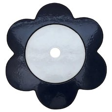 Cast Iron Daisy Trivet