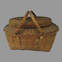 Vintage 1900's Winnebago Woven Market Picnic Lidded Basket with Swing Handles Country
