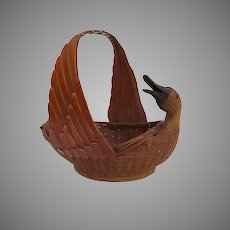 Vintage Shanghai Handicrafts Bird Duck Basket Container Handle