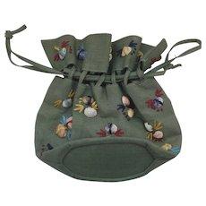 Vintage Straw Drawstring Bucket Bag Purse Applied Shells Raffia