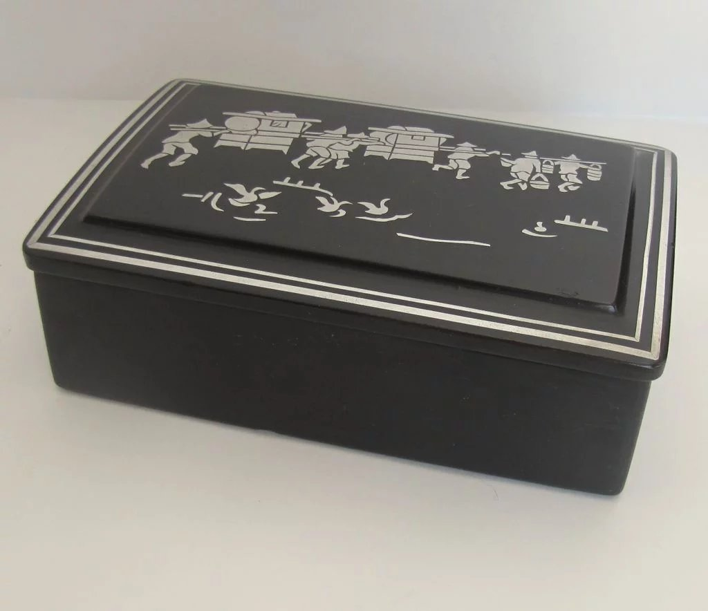 vintage black lacquer box with silver made in taiwan. Black Bedroom Furniture Sets. Home Design Ideas