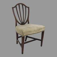 English Mahogany Hepplewhite Shield Back Side Chair c 1800