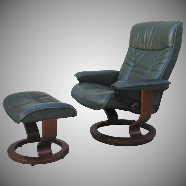Vintage Leather Green Stressless Chair And Ottoman Black Tulip
