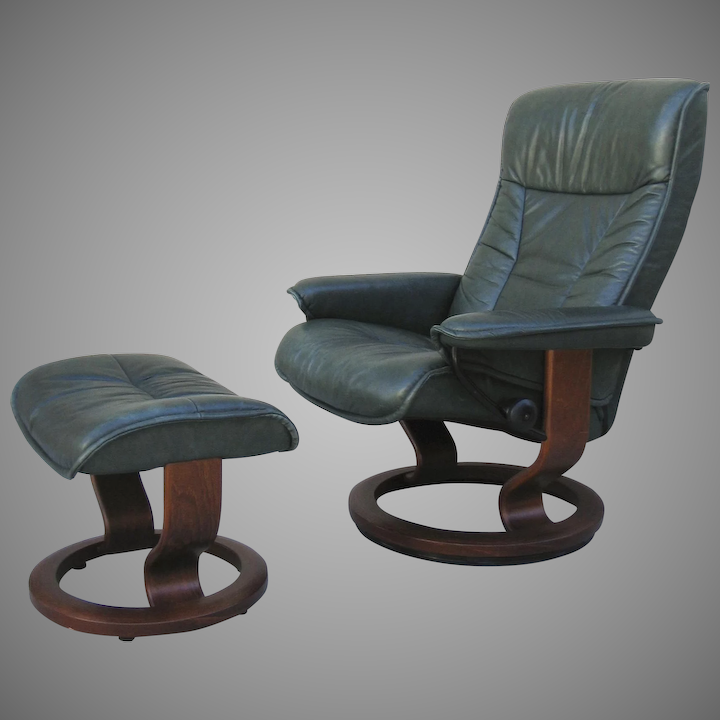 Admirable Vintage Leather Green Stressless Chair And Ottoman Ocoug Best Dining Table And Chair Ideas Images Ocougorg