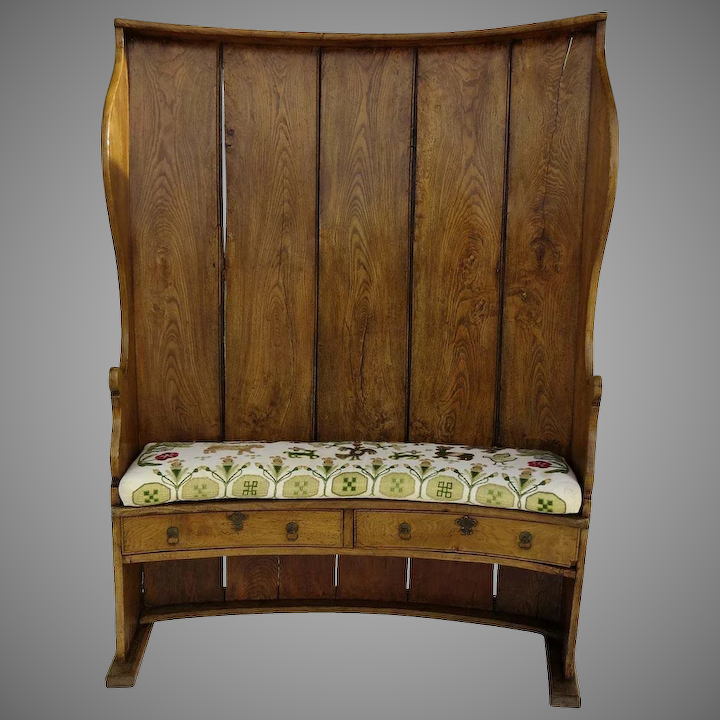 Admirable English Elm Curved Barrel Back Settle Bench Tavern Two Drawers Beatyapartments Chair Design Images Beatyapartmentscom