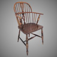 English Low Back Ash and Elm Windsor Chair 19th Century