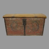 Scandinavian Early 19th Century Painted Trunk