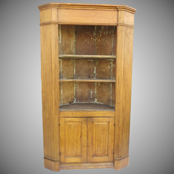 English Pine Corner Cabinet with Fluted Sides Paneled Doors - English Pine Corner Cabinet With Fluted Sides Paneled Doors : Black