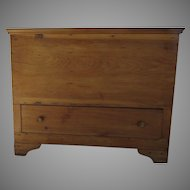 American Pine Lift Top Chest 19th Century Blanket Chest Mule Chest