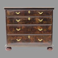 English 18th Century Five Drawer Chest of Drawer Walnut Crossbanded