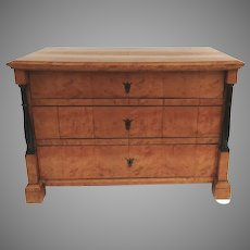 19th Century Nice Small Biedermeier Chest of Drawers with Turned Side Columns