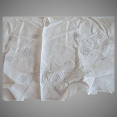 "2 x Vintage Linen Embroidered Sheets 67"" Wide Ribbon Motif"