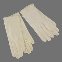 Two Pair Vintage Women's Gloves White Leather