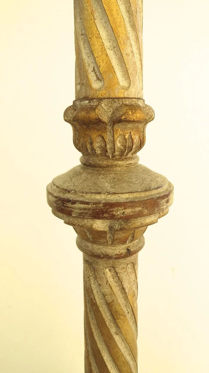 Vintage Italian Carved And Gilt Floor Lamp With Barley