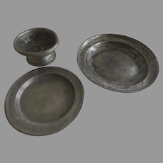 Group of 3 18th Century English Pewter Pieces Bowl Plate Salt