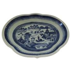 19th Century Chinese Export Canton Kidney Shaped Platter