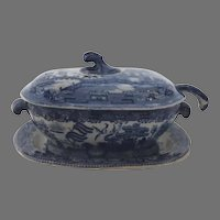 Late 18th or Early 19th Century English Creamware Blue and White Willow Sauce Tureen and Ladle