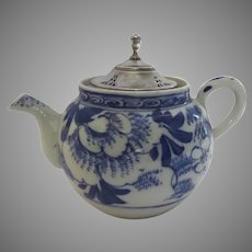 19th Century Blue and White Small Tea Pot