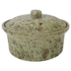 Vintage 1900's Sponge Ware Spongeware Stoneware Ribbed Lidded Casserole Dish Country Kitchen
