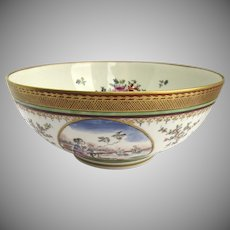Chinese Export Style Bowl Gilt Rim