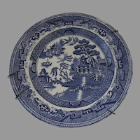 19th Century Blue and White Blue Willow Transfer Ware Plate English