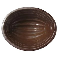 Rustic Country Kitchen 19th Century Oval Redware Food Mold
