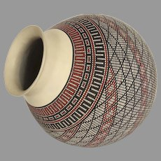 Mata Ortiz Large Geometric Painted Pot Signed by Lupe Ontiveros Artist.