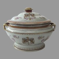Chinese Export Armorial Family Crest Tureen