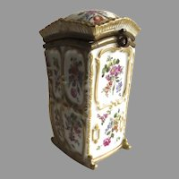 Early 19th Century German Porcelain Box in Shape of Sedan Chair