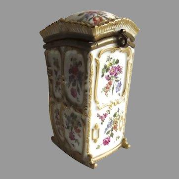Early 19th Century German Porcelain Box in Shape of Sedan Chair