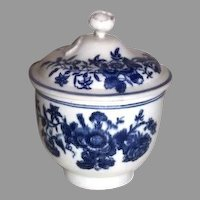 18th Century Blue and White Worcester Sugar Jar Lid