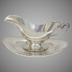 1930's Sterling Silver Gravy Sauce Boat, Underplate and Ladle by Cellini Crafts, Chicago Retailed J. E. Caldwell & Co.