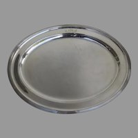 English Early 20th Century Oval Serving Platter Tray with Engraved Family Crest Armorial