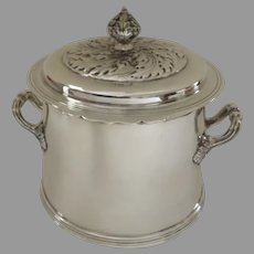 English Early 20th Century Sterling Silver Lidded Can Barrel with Side Handles Hallmarked Edward Barnard & Sons LTD