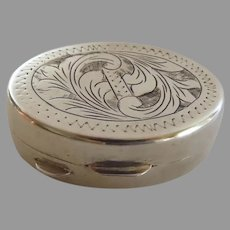 Vintage 800 Silver Italian Engraved Oval Pill Snuff Box Acanthus Leaf