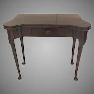 English Mahogany Queen Anne Pad Foot Table