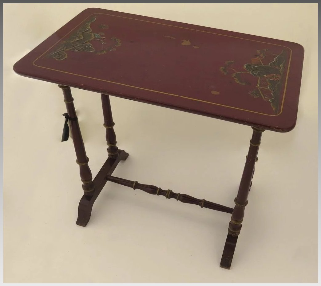 Red chinoiserie decorated side table black tulip for Red side table