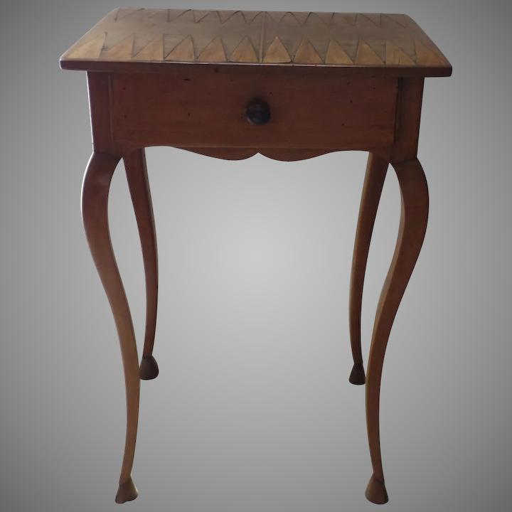 Admirable French Small Inlaid Game Board Cabriole Leg One Drawer Side Table Ibusinesslaw Wood Chair Design Ideas Ibusinesslaworg